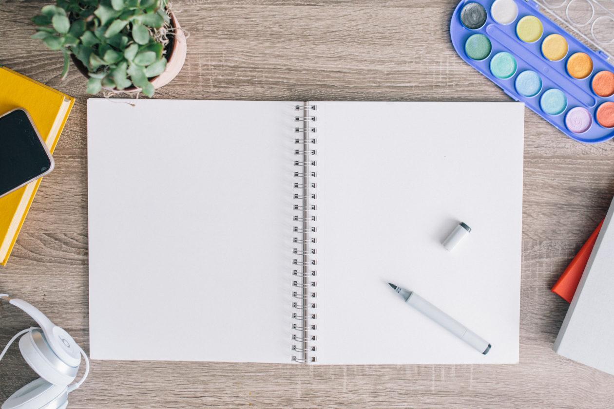Prowadzenie dziennika –  sprawdzone sposoby na osiąganie równowagi przez pisanie