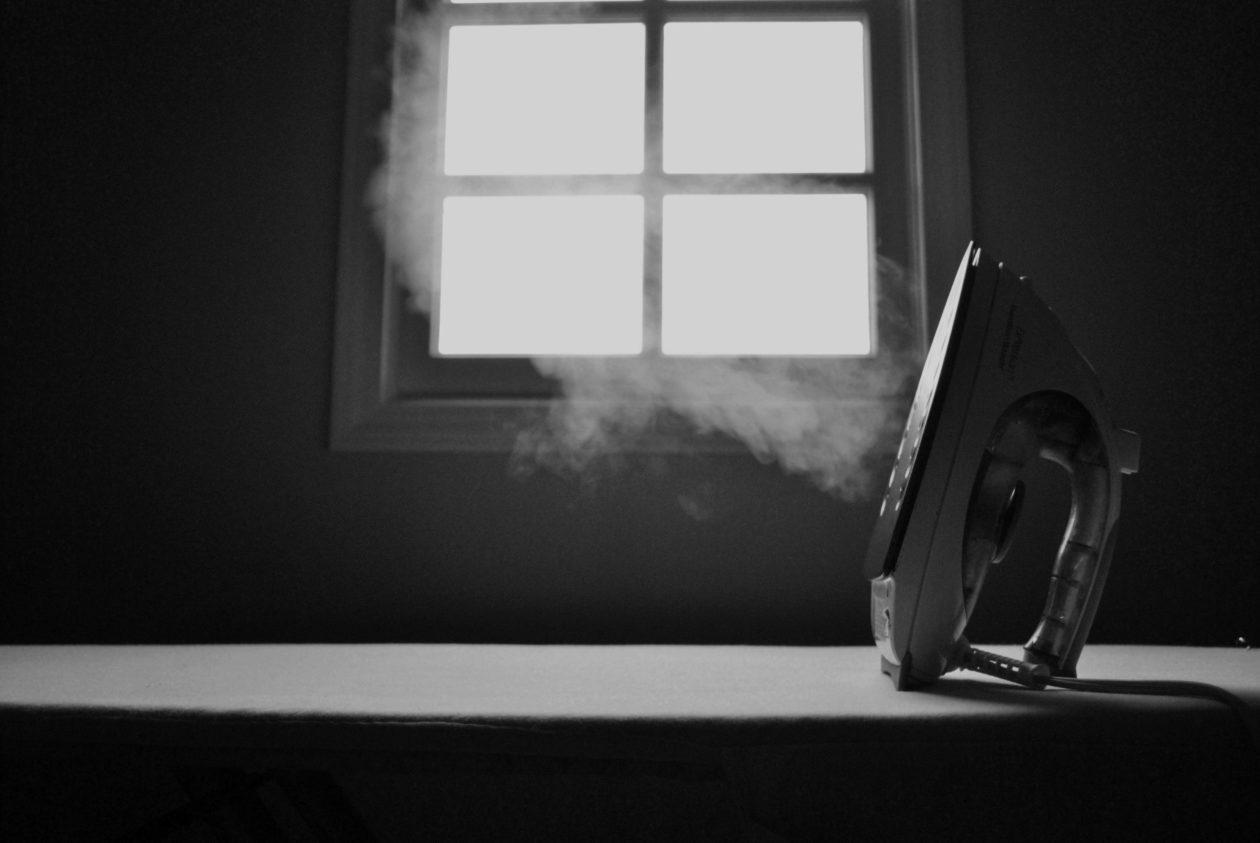 Spuść parę przy sprzątaniu – 4 argumenty na rzecz prac domowych
