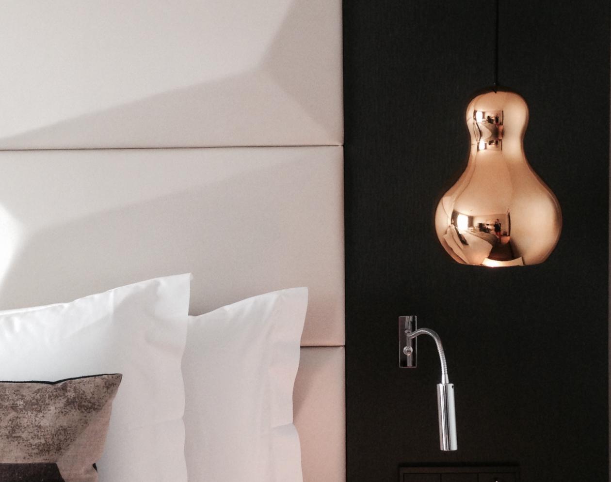 Tajemnica pokoju nr 7 – turystka w hotelowym labiryncie i świecie kryminalnych intryg